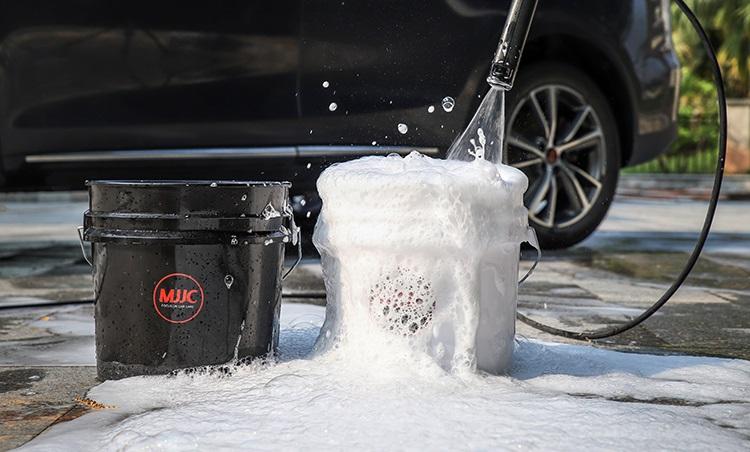 MJJC detailing bucket